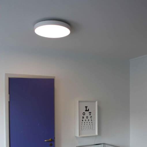 pinta-asennus plafondi